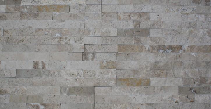 Muster des Naturstein Riemchen Verblender creme-beige dunkel, Typ Travertin
