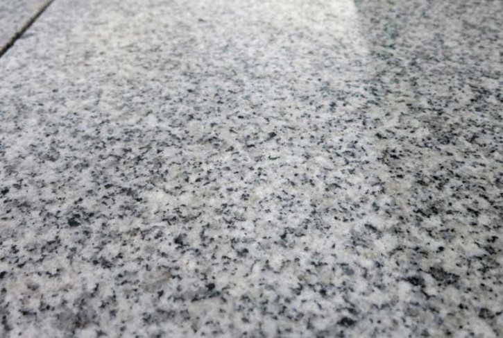 Padang cristallo 30,5 x 30,5 x 1 cm stark, poliert, grau