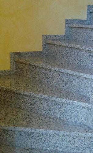 Treppen gefertigt aus Naturstein